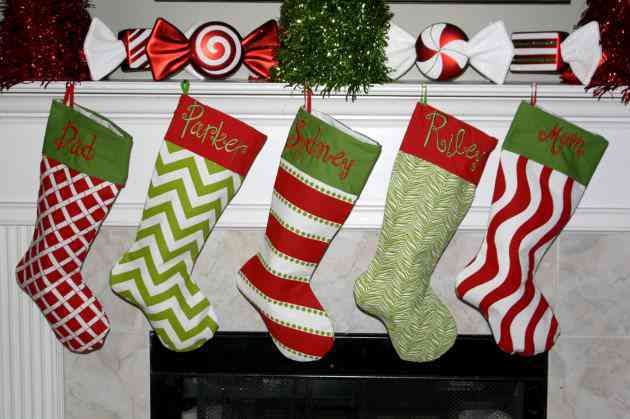 16-Whimsical-Handmade-Christmas-Stockings-To-Decorate-Your-Home-With-8-630x419